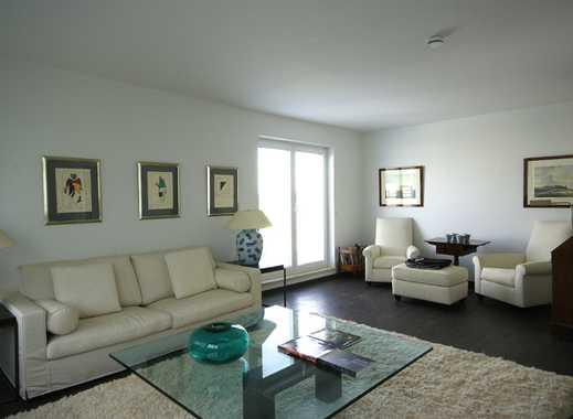 Modern möbliertes Appartement mit Terrasse / Penthouse