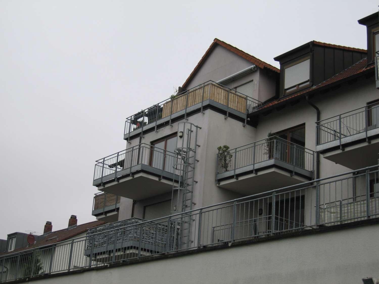 Schöne, geräumige ein Zimmer Wohnung in Erlangen in Erlangen Süd (Erlangen)