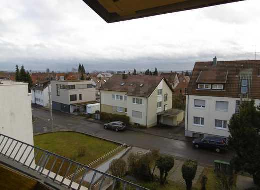 Gepflegte 3-Zimmer-DG-Wohnung mit Dachterrasse in Stuttgart-Vaihingen -BEFRISTET BIS 31.12.2021