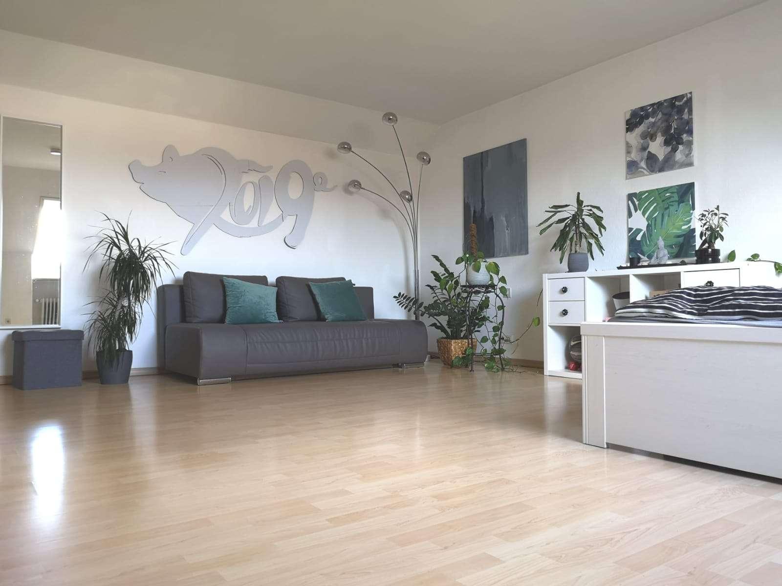 Sehr geräumige helle 2-Zimmer Wohnung in Lechhausen (Augsburg)