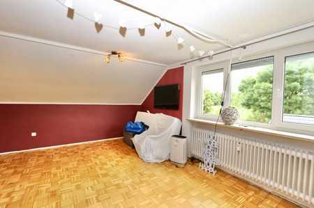 2,5 Zimmer Wohnung im Dachgeschoß - Gröbenzell in Gröbenzell