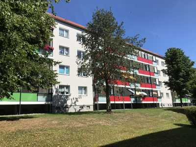 Sonnige 2-Raum-Wohnung mit neuem Balkon