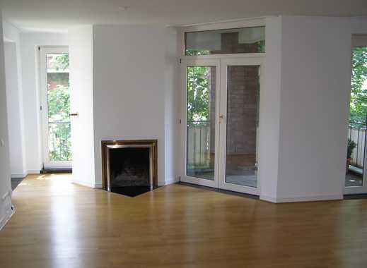 In Düsseldorf-Oberkassel stilvolle  2,5-Zi.Whg. mit Balkon und Kamin provisionsfrei zu vermieten