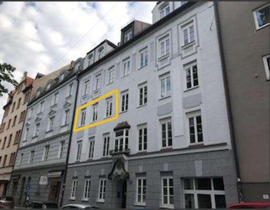 Teilmöblierte 3-Zimmer-Wohnung mit großem Balkon in Maxvorstadt, München in Maxvorstadt (München)