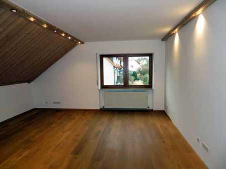 HOCHWERTIGE MIETWOHNUNG IN GUTER LAGE ZWISCHEN AMBERG UND KÜMMERSBRUCK 6,5 Zimmer MIT 180m² WFL in Kümmersbruck
