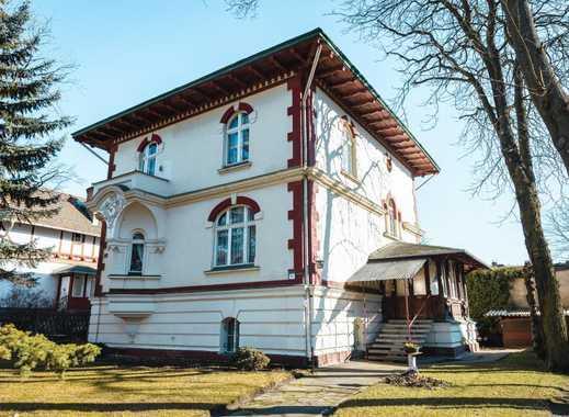 Denkmalgeschützte Villa mit ausbaufähiger Remise im grünen Karlshorst