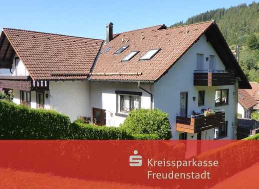 Moderne und großzügige Dachgeschosswohnung in Baiersbronn-Mitteltal