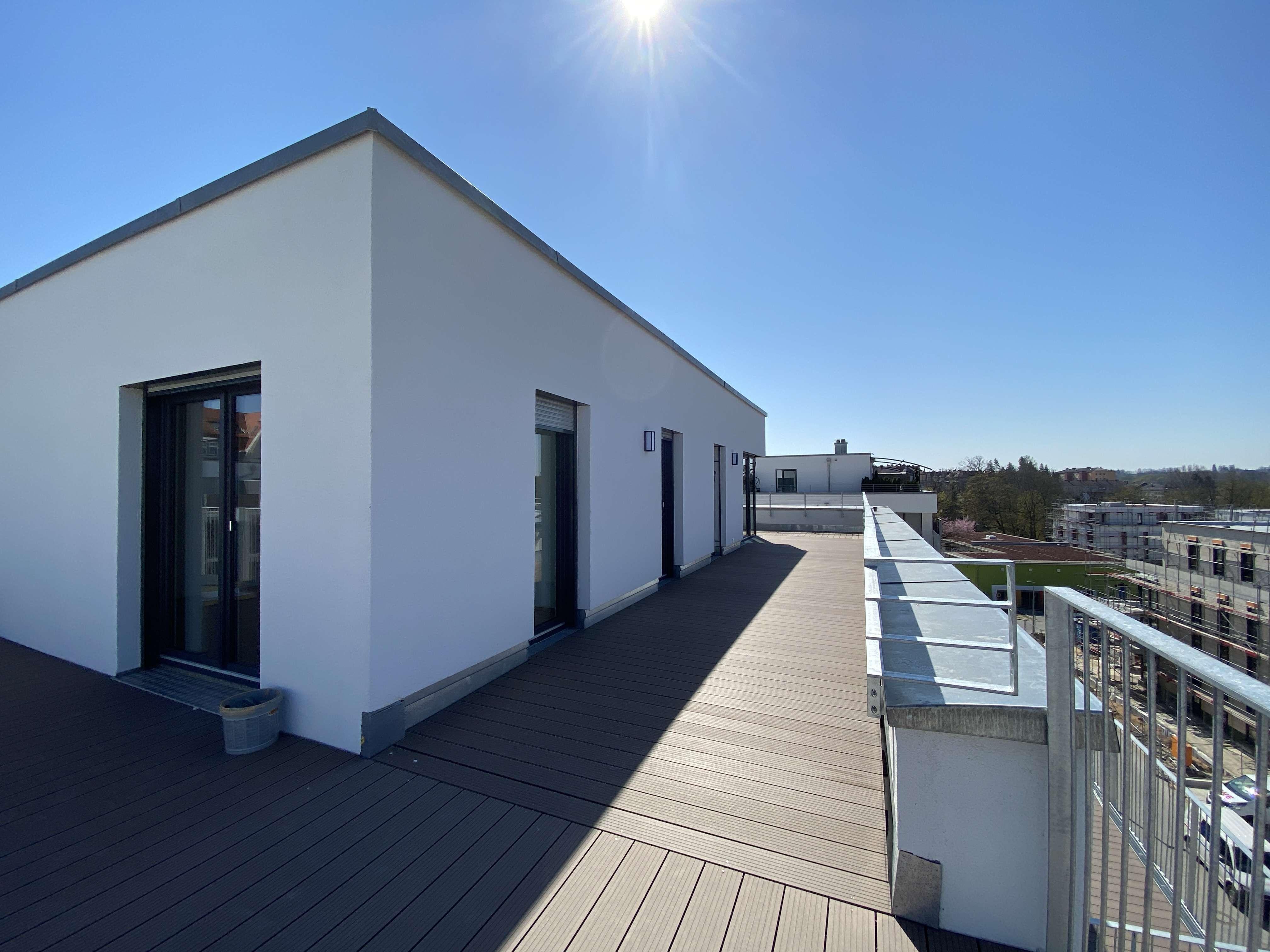 Neubau-Erstbezug: 3-Zi-Terrassen-Whg im Penthousestil, Nähe Rednitzgrund in