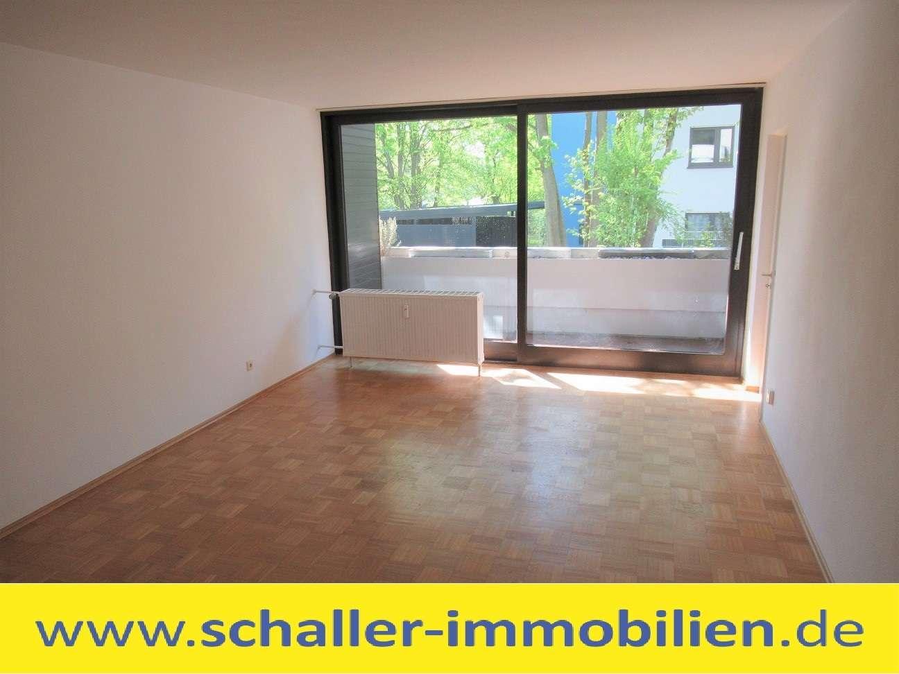 Familienwohnung: Zentrale 3 Zi. Wohnung mit Balkon / Wohnung mieten in