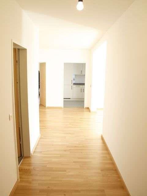 Schöne 3,5-Zi.-Wohnung mit hochwertiger Einbauküche in Deggendorf in Deggendorf