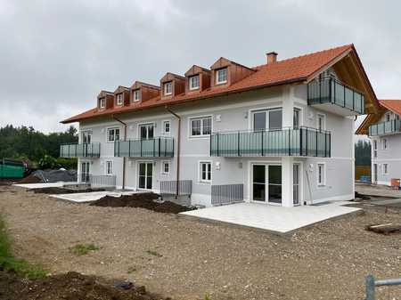 Lichtdurchflutete moderne Wohnung mit zwei Zimmern in Dürrnhaar in Aying