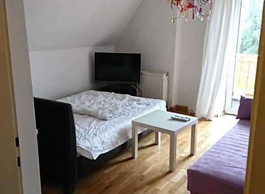 Schönes möbliertes Zimmer in 2er WG in Grünwald (je ein WG-Zimmer, davon 2 Stk vorhanden)