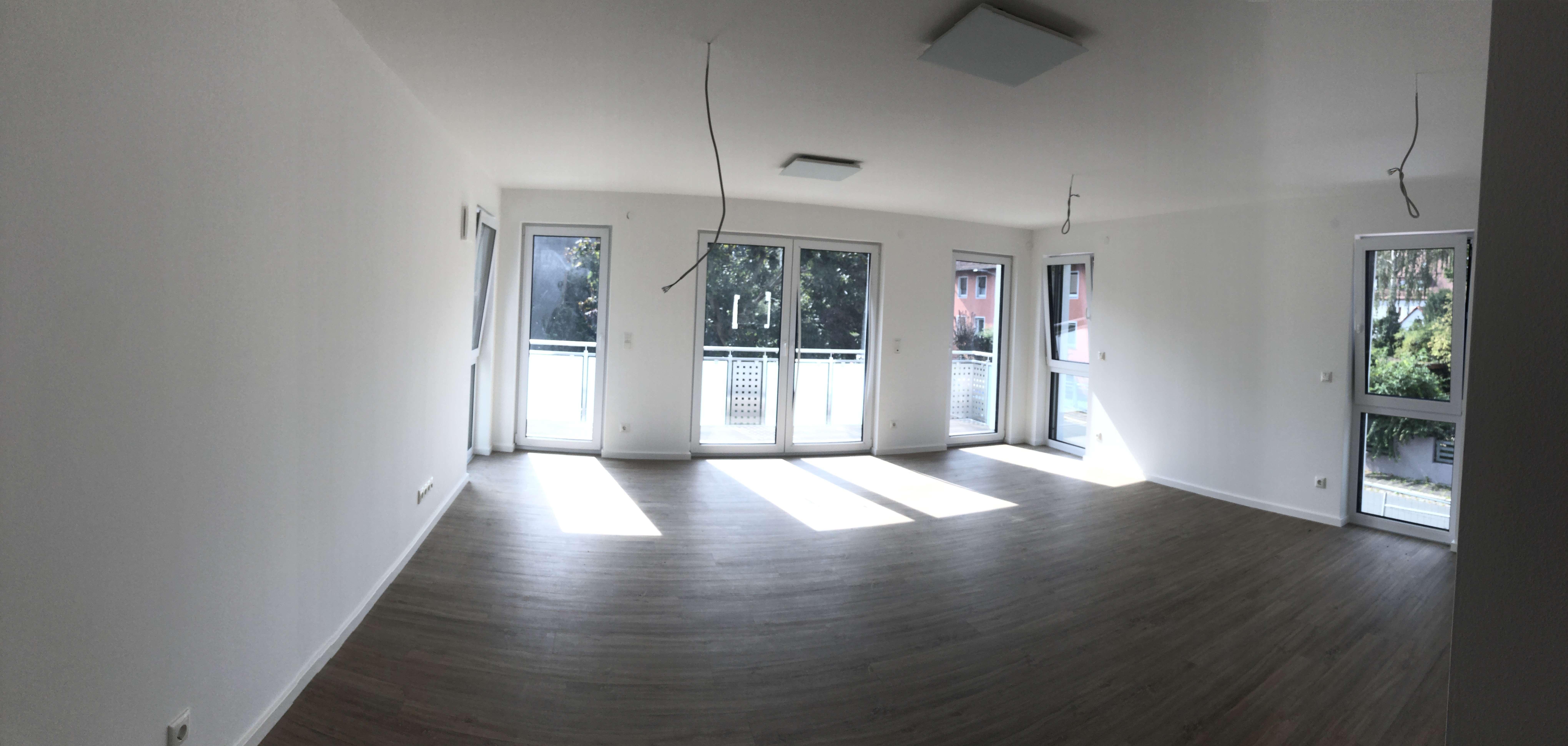 Erstbezug: zwei 4-Zimmer-Wohnungen (EG 110m² mit Terrasse, 1. OG 105m² mit Balkon) in