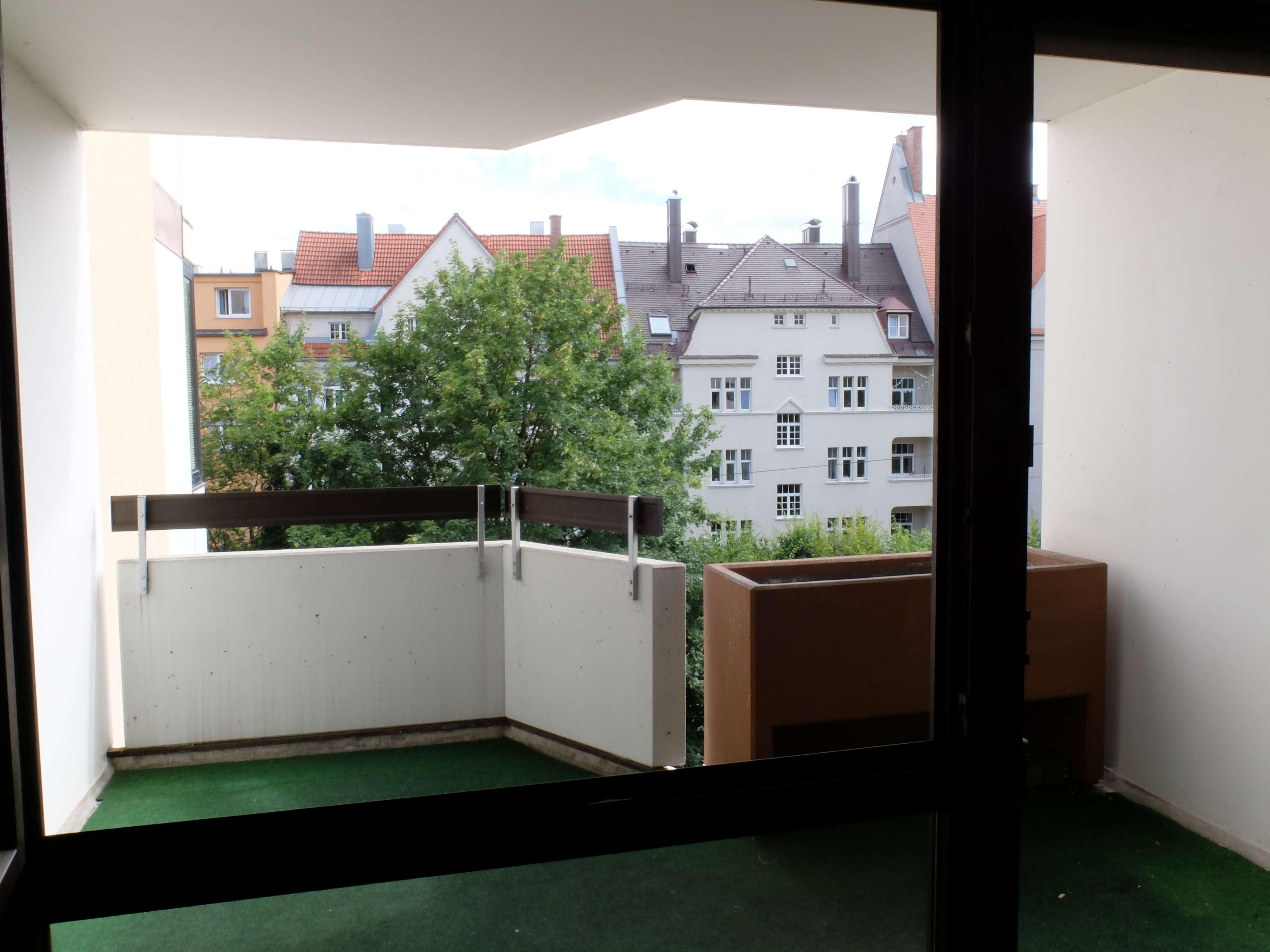 Schöne,ruhige, zentrale 2-Zimmer-Wohnung mit Balkon in der Prinzstrasse in Augsburg-Innenstadt