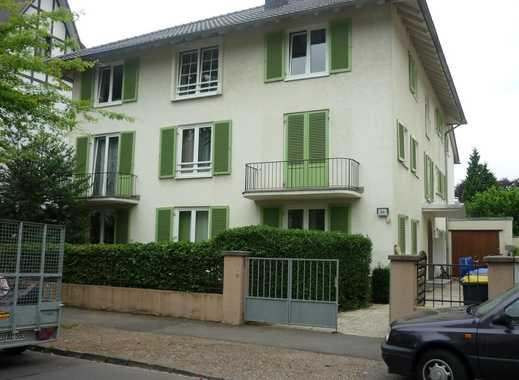 Villenviertel: Maisonette-Wohnung mit Loggia, 5 Zimmer, teils hohe Decken! PROVISIONSFREI