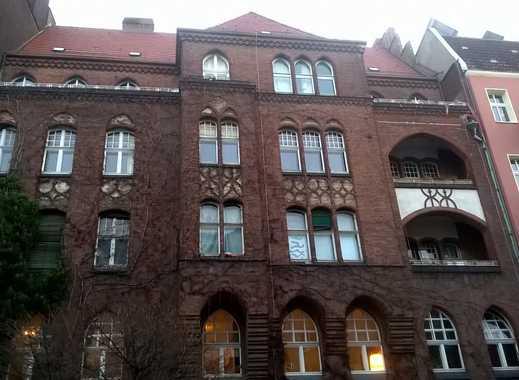 8-Zimmer-Wohnung mit Balkon im Sprengelkiez