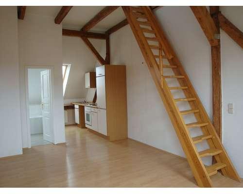 Wohnzimmer mit Küche+Bad