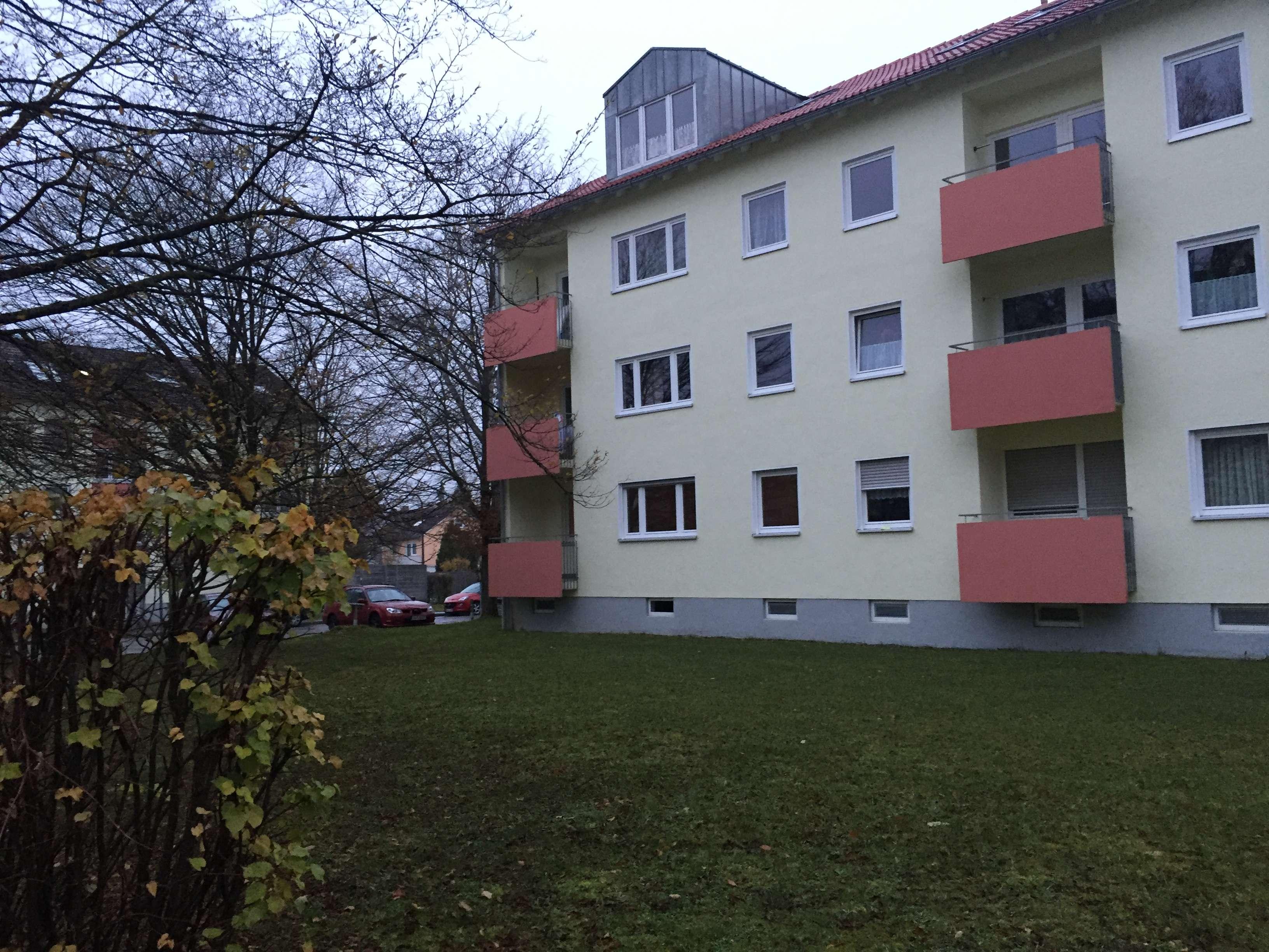 Ansprechende 4-Zimmer-EG-Wohnung mit Balkon in Bobingen