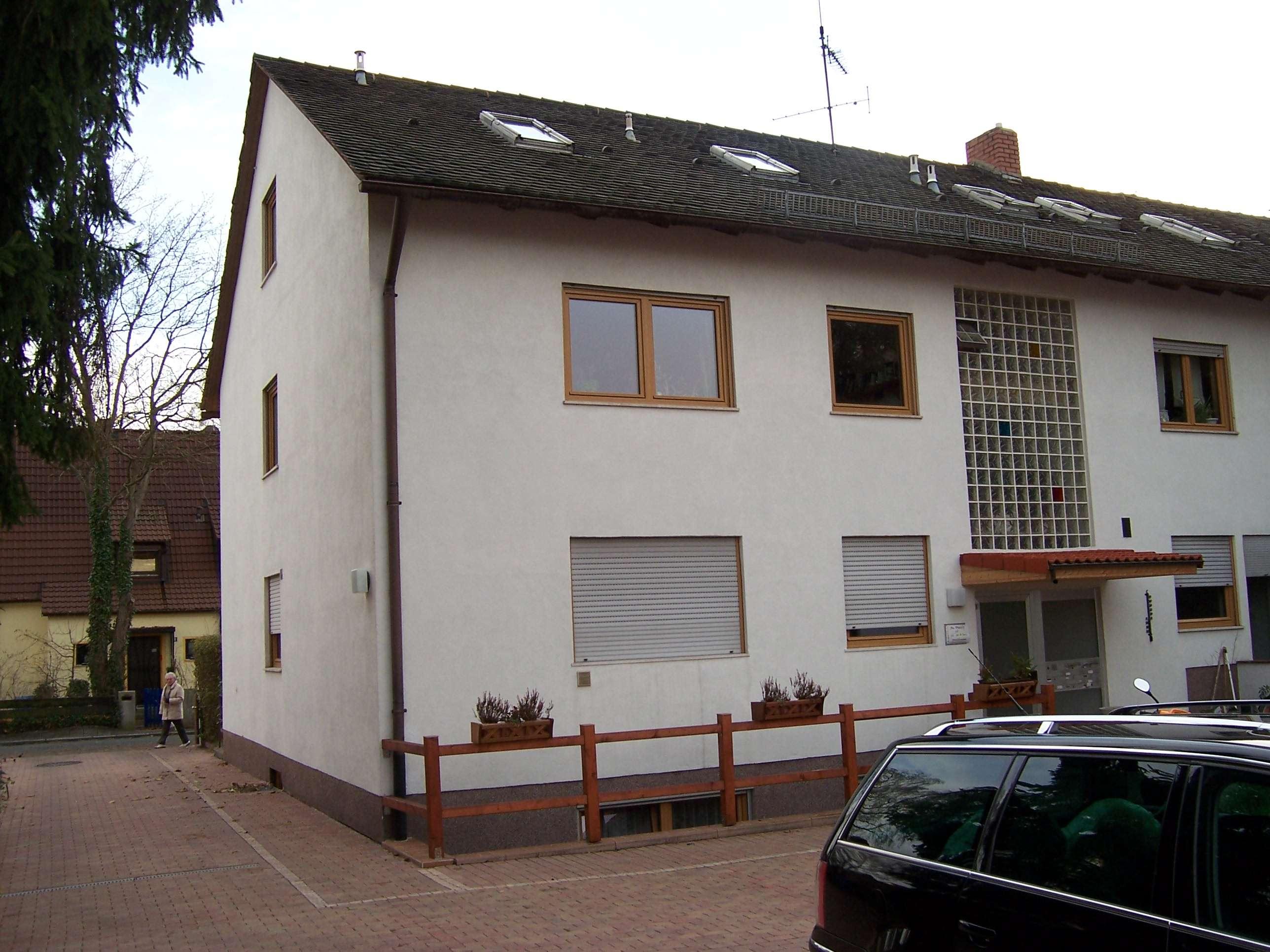 Topsanierte 3 Zimmer Wohnung in Nürnberg Gartenstadt auf 62 m² mit Bad neu uvm! in Trierer Straße (Nürnberg)