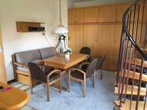Gepflegte 2 5-Zimmer-Maisonette-Wohnung mit Terrasse