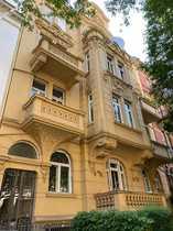 Wiesbaden-Dichterviertel Frisch sanierte große 2-Zimmerwohnung