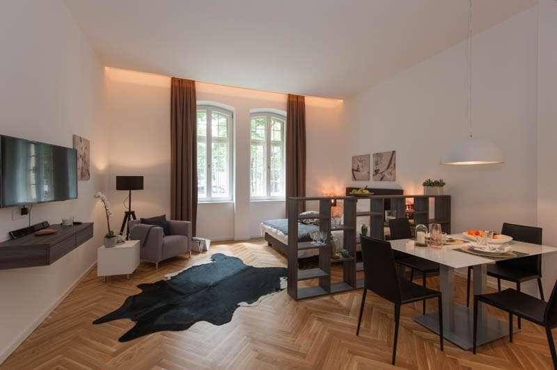 Möbliertes Apartment mit Aufzug in München - Schwabing-West in Schwabing-West (München)