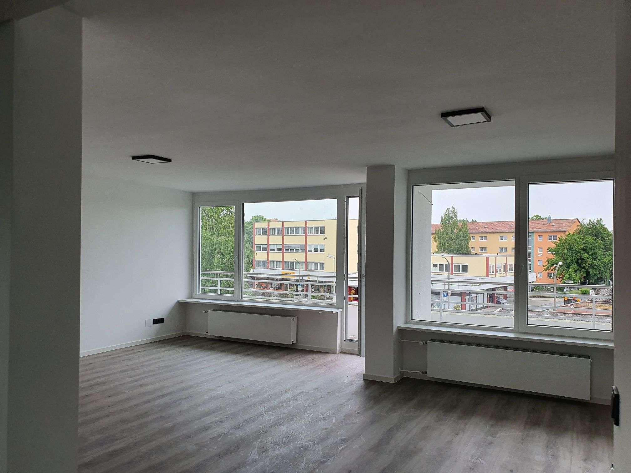 Renovierte Dreizimmer-Wohnung zum Erstbezug in Erlangen in
