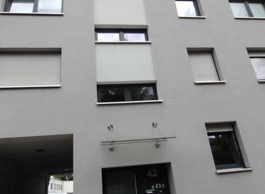 frisch renovierte 3-Zimmer Wohnung mit Balkon in Top Lage zu vermieten!
