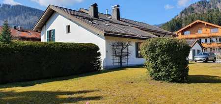 2-Zimmer-Dachgeschosswohnung mit EBK in Bad Wiessee in Bad Wiessee