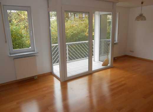 Besondere 2,5 Zi. ETW im Reihenhauscharakter, auf 2 Ebenen, mit EBK/Stellplatz/Balkon/ Kellerraum!
