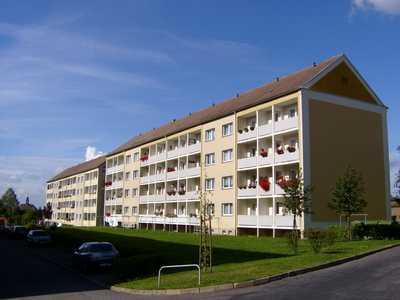 Sonnige 3-Raum-Wohnung mit Balkon