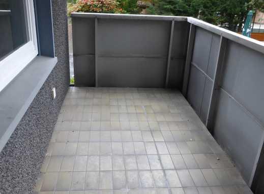NEU!!! Frisch modernisierte Wohnung mit Balkon!!! 1,5 R., 49m² für 368 Euro plus Heizung