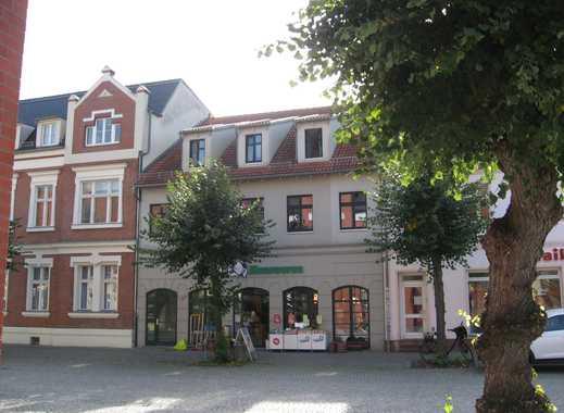 Wohnen im Stadtzentrum mit großem Balkon