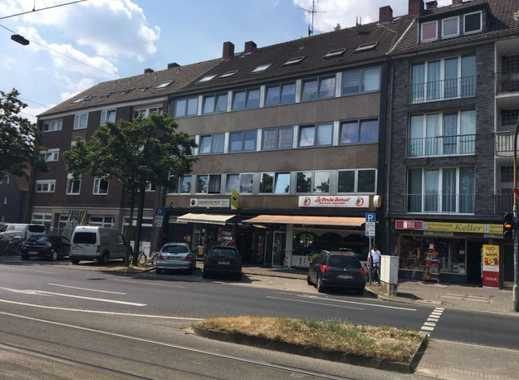 Lichtdurchflutete 2-Zimmer Dachgeschosswohnung 'With a view'