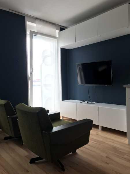 Helle, hochwertige Einzimmerwohnung in Uninähe in Göggingen