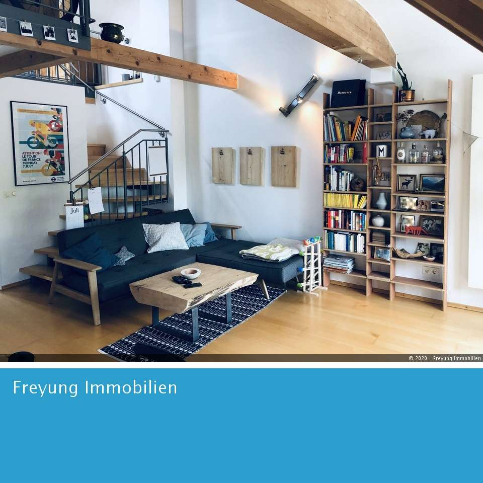 Maisonettewohnung auf 2 Etagen mit Sonnenbalkon in toller Lage in West (Landshut)
