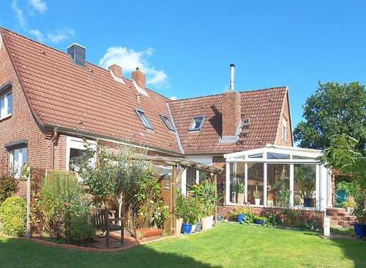 Perfekt für zwei Generationen - zwei verbundene Einfamilienhäusern auf einem Grundstück