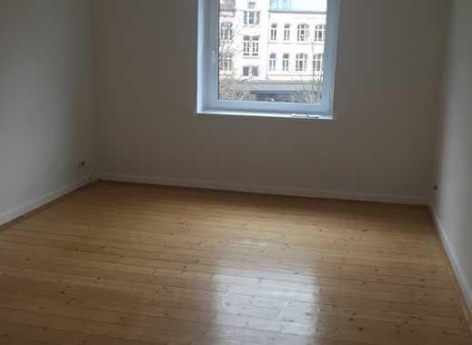 Erstbezug nach Sanierung: schöne 2-Zimmer-Wohnung mit Tageslichtbad in Hannover-Linden Mitte