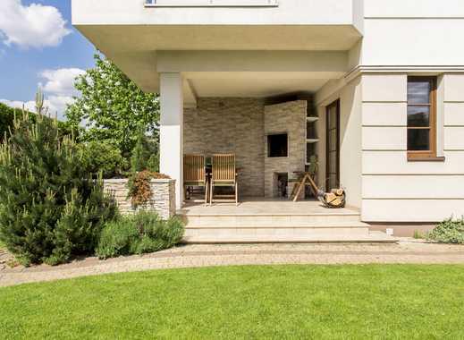 Tegelort: Großzügige Villa mit Einliegerwohnung – Seeblick