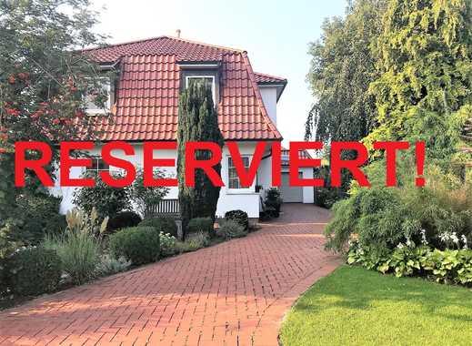 Wunderschönes Einfamilienhaus  auf traumhaftem Grundstück in Friedrichsfehn!