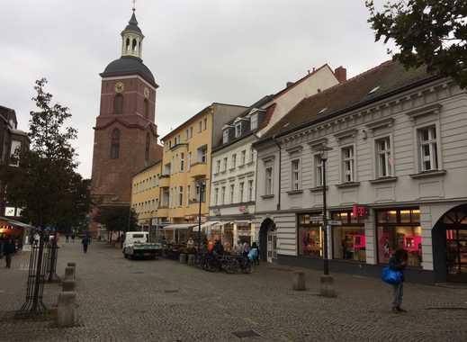 Sehr gepflegtes Wohn- & Geschäftshaus in Spandauer Fußgängerzone aus Familienbesitz