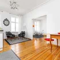 Wohnen am Chamissoplatz Individuelle Altbauwohnung