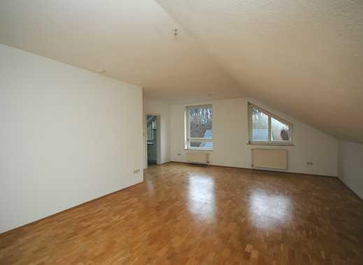 schöne 3-Zimmer-DG-Wohnung mit Balkon im Bielefelder Westen