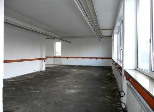 halle mieten in leonberg b blingen kreis lagerraum. Black Bedroom Furniture Sets. Home Design Ideas
