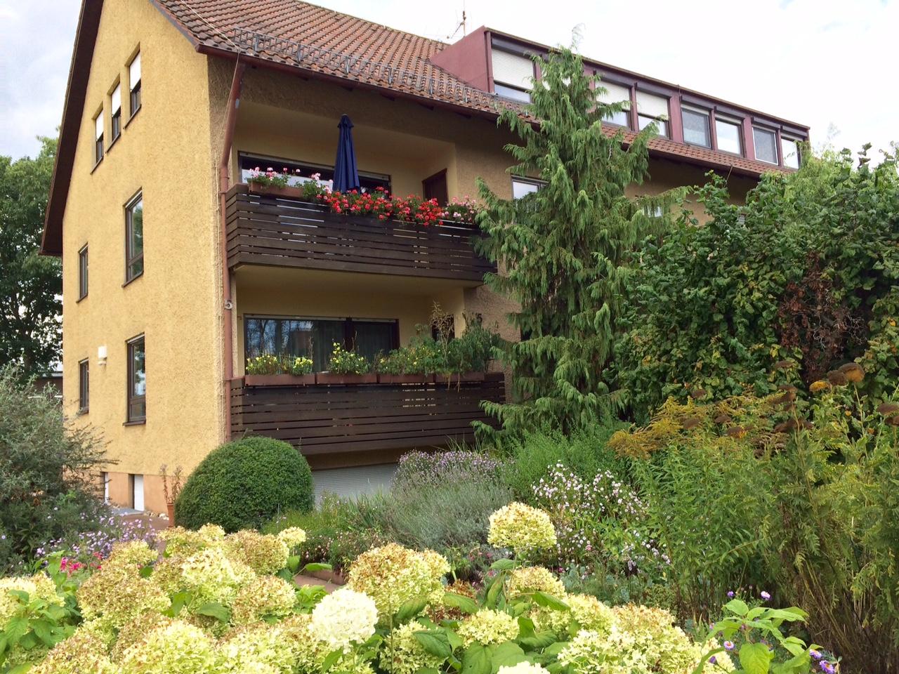 Großzügige 3,5-Zimmer-Wohnung mit Balkon in Wendelstein in Wendelstein