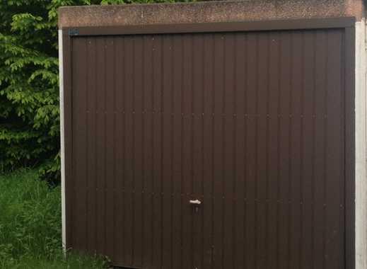Garage für Pkw oder als Lager -  trocken - abgeschlossen - sicher - mit Stromanschluss