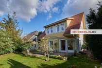 Bild IMMOBERLIN: Charmantes Einfamilienhaus in Niedrigenergie-Bauweise mit fabelhaftem Südwestgarten