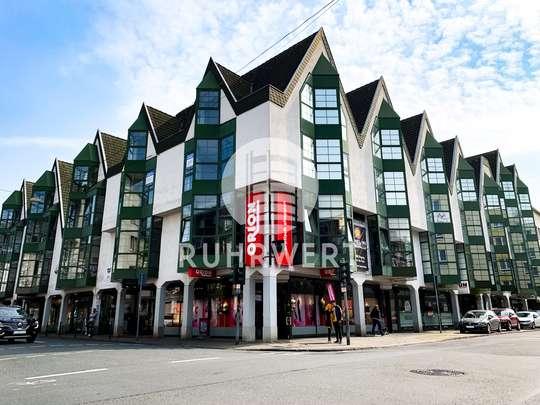 Hausansicht von Ladenlokal in Innenstadtlage! Zentral gelegene Gewerbefläche zu vermieten