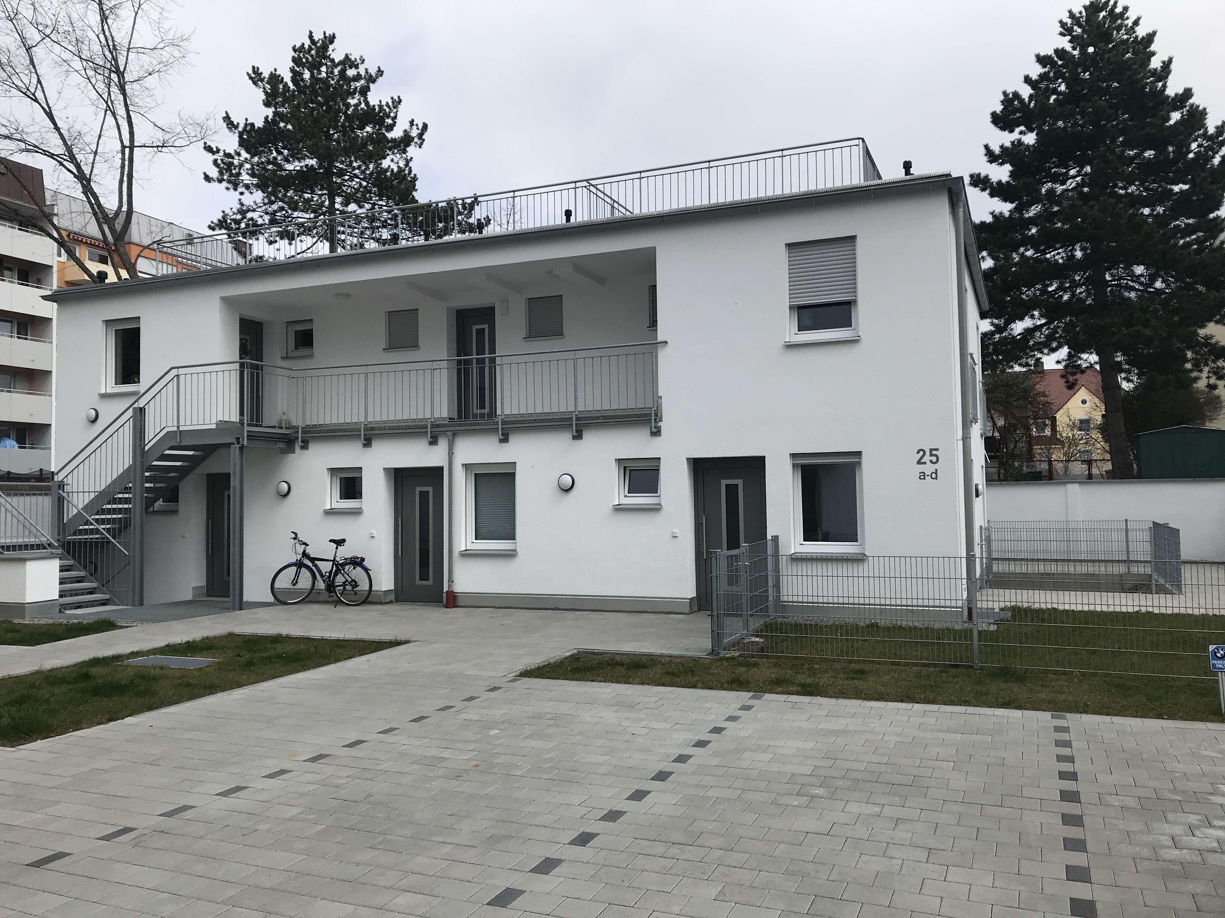 """""""NEUBAU - EG - Appartement W3 mit Garten - Augsburg Pfersee """" sofort f r e i KfZ.St.Pl. am Haus in"""