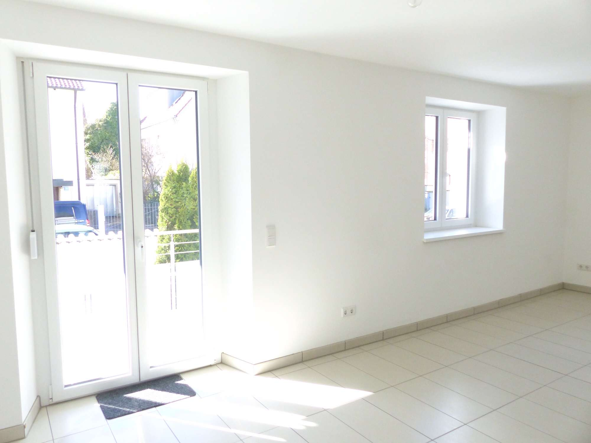 Innerer Westen - Exklusive 3-Zimmer-Whg. mit Balkon + Terrasse + Garage in